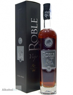Roble Ron Ultra Aňejo 0,7 l